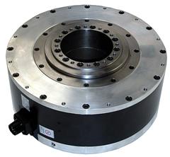 Yaskawa destaca dd motor na brasilpack 2008 mercado cimm for Direct drive servo motor