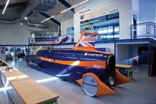 Thumb_bloodhound_supersonic_car