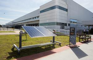 Thumb_canadian_solar_