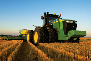 John Deere aposta na experiência para competir com rivais em agricultura de precisão
