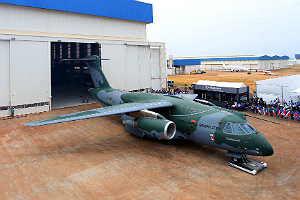 Thumb_embraer_kc-390_300x200