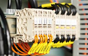 Thumb_instalaciones-electricas-y-automaticas_500x320
