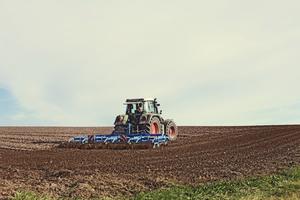 Thumb_portaldbo-maquina-agricola-1024x683