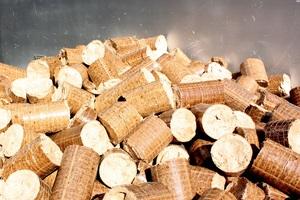 Thumb_wood-pile-log-food-fire-firewood-1095132-pxhere.com