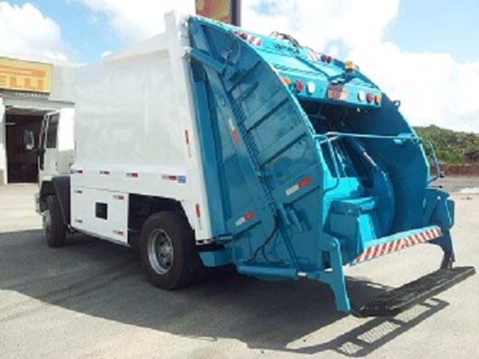 Resultado de imagem para carro compactador coletor de lixo